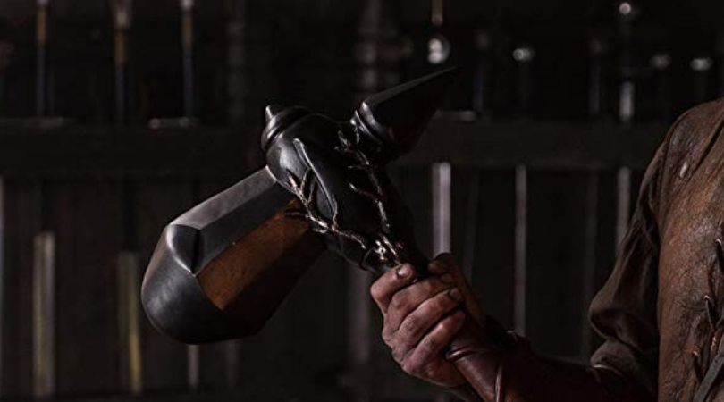 Gendry showing his war hammer (with his house sigil) in 'Game of Thrones'. (Source: IMDB)