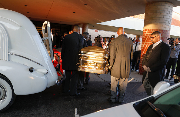 The casket containing the remains of soul music icon Aretha Franklin is carried into Greater Grace Temple for the singer's funeral on August 31, 2018 in Detroit, Michigan. Dozens of musicians and dignitaries are scheduled to either speak or perform at the singer's funeral, including former President Bill Clinton, Stevie Wonder, Faith Hill, Ariana Grande, Chaka Khan, Smokey Robinson, Jennifer Hudson, and Cicely Tyson.(Photo by Bill Pugliano/Getty Images)