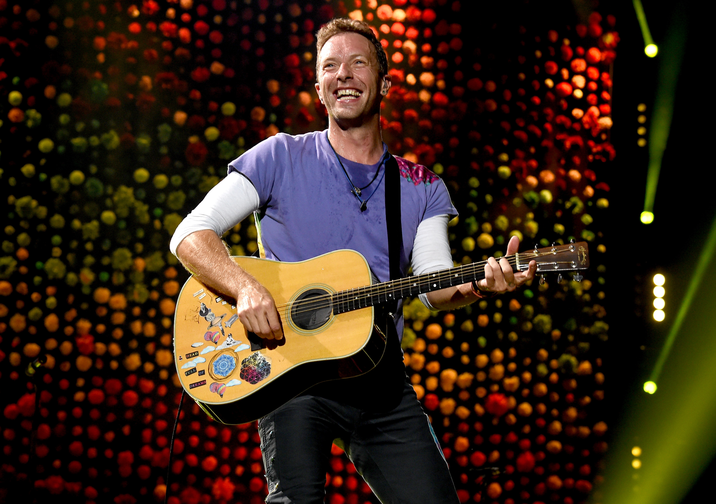 Singer Chris Martin of Coldplay performs at the Rose Bowl on October 6, 2017 in Pasadena, California.