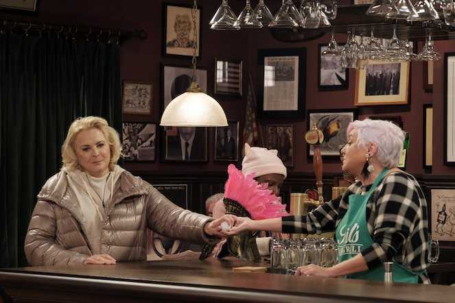 Phil's bar is in safe hands with Phyllis. (IMDb)