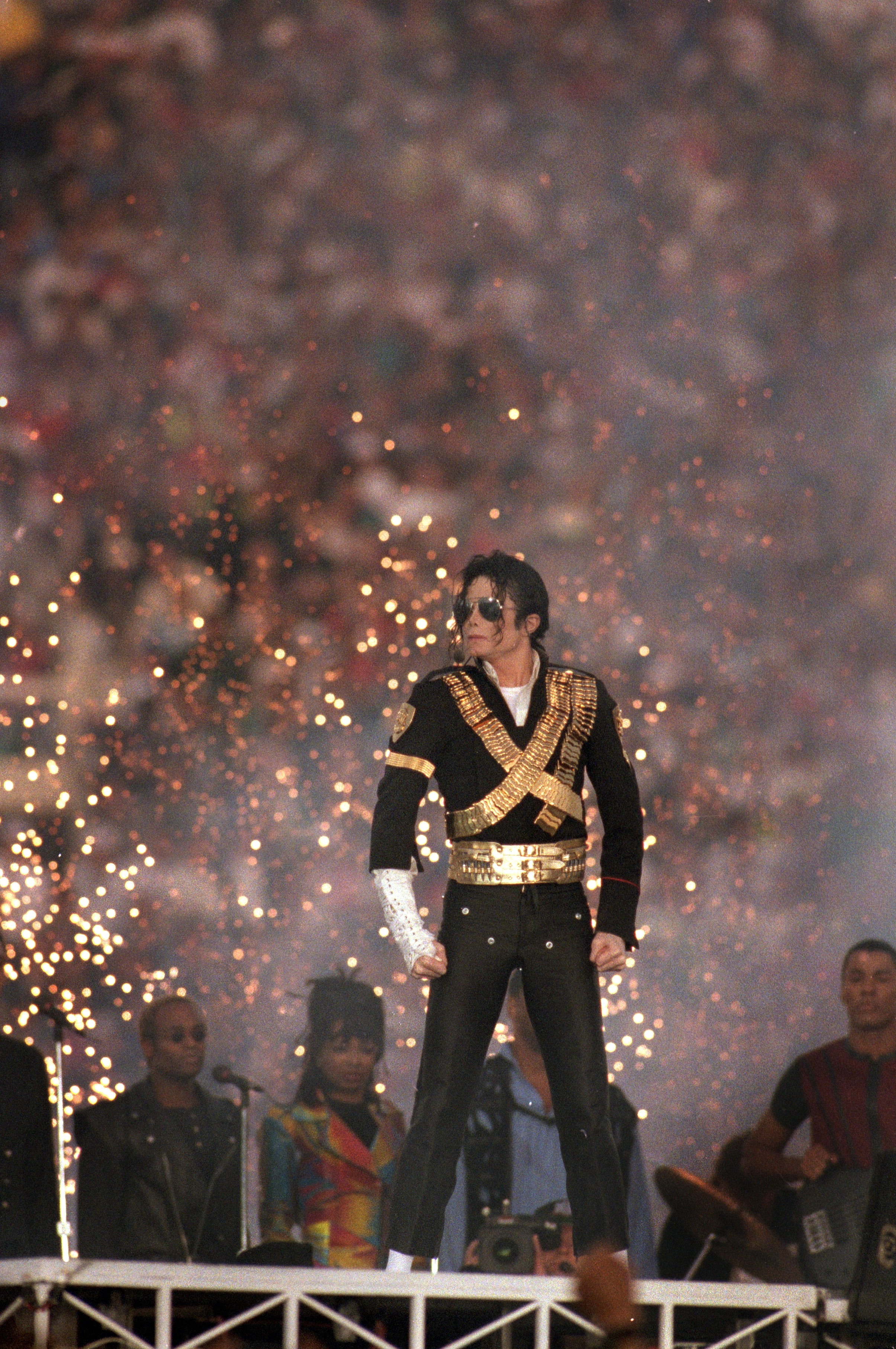 Michael Jackson performs during the Halftime show as the Dallas Cowboys take on the Buffalo Bills in Super Bowl XXVII at Rose Bowl on January 31, 1993, in Pasadena, California. (Photo by George Rose/Getty Images)