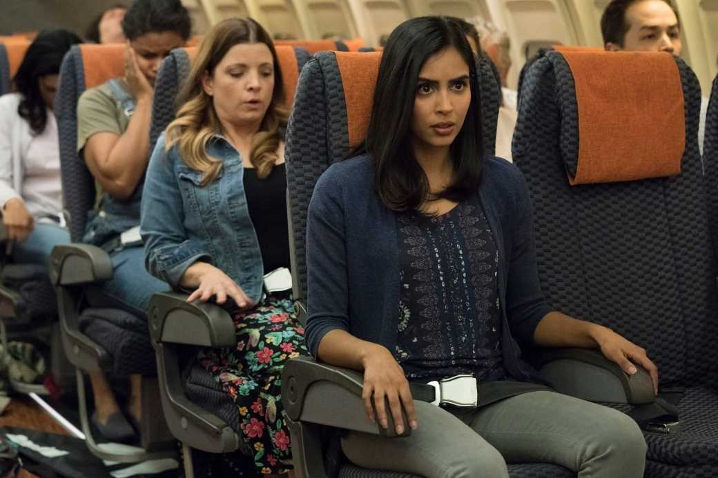 The seat next to Saanvi was left empty. (IMDb)