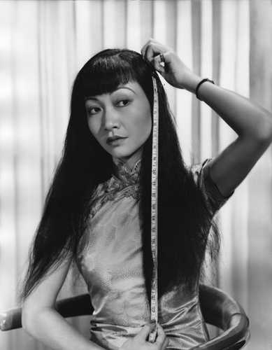 May Wong had to give up a role which she deserved. (IMDb)