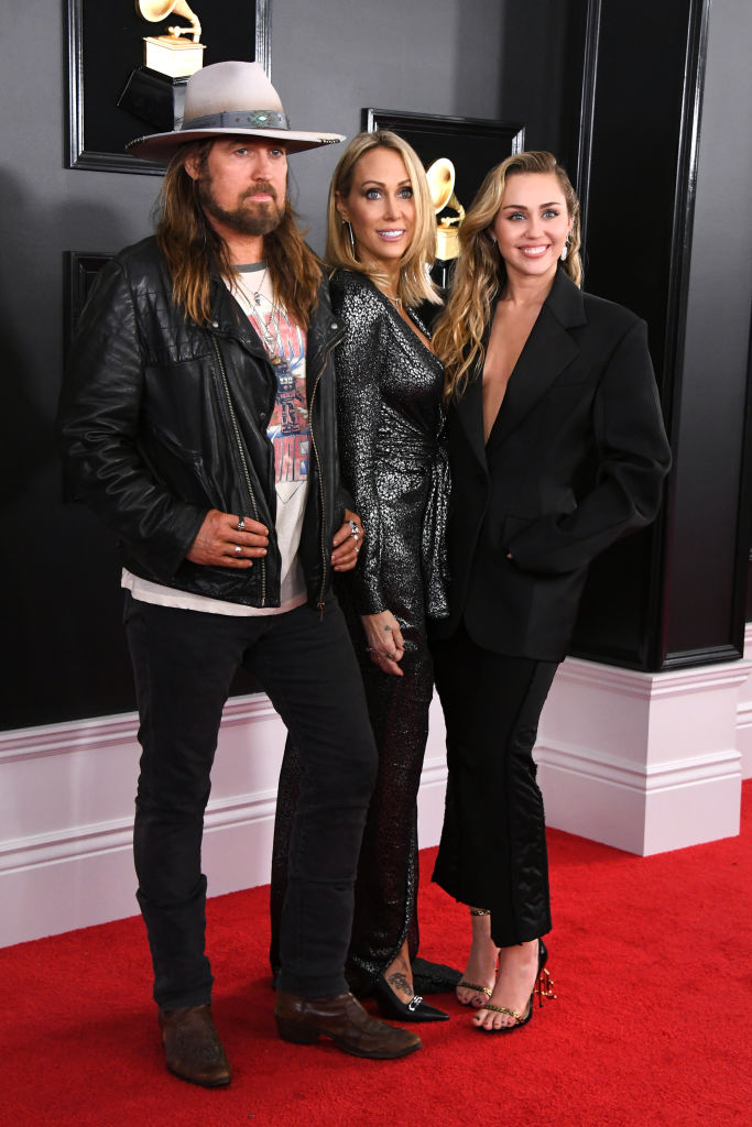 Billy Ray Cyrus, Tish Cyrus, and Miley Cyrus attend the 61st Annual GRAMMY Awards (Source: Getty Images)