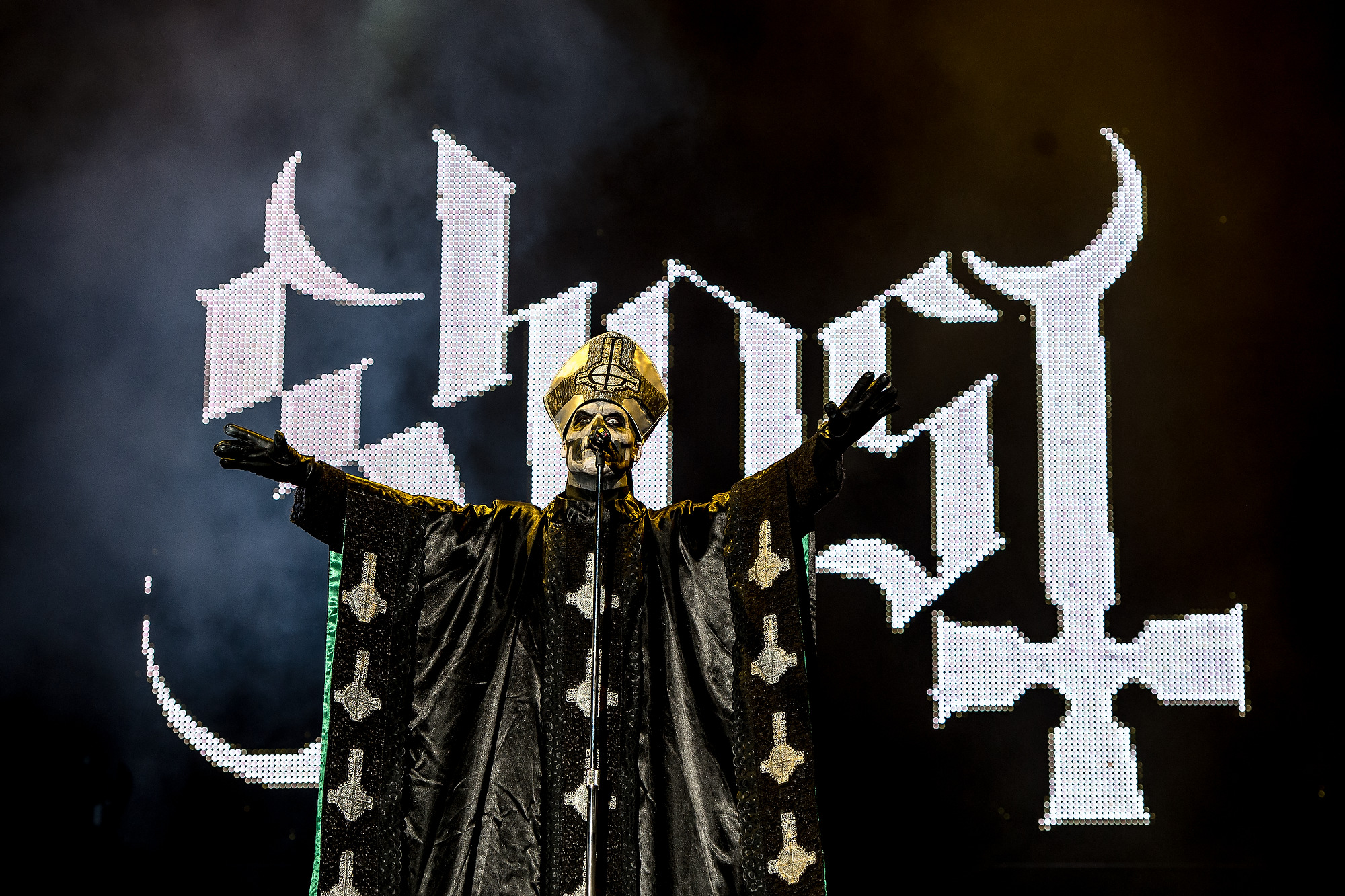 Tobias Forge of Ghost in his iconic Papa Emeritus persona. (Image Source: Getty Images)