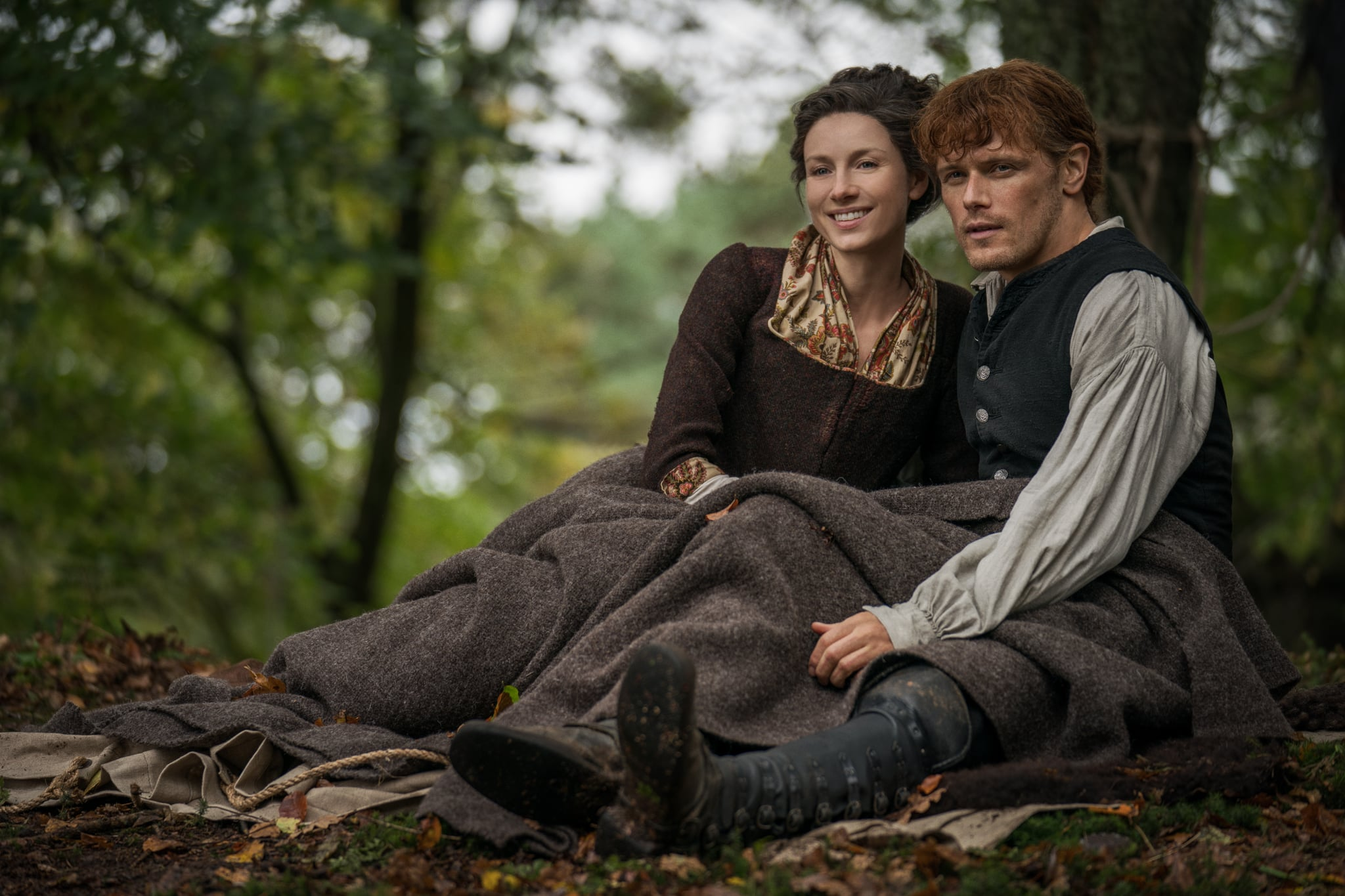 Caitriona Balfe and Sam Heughan plays Claire and Jamie Fraser