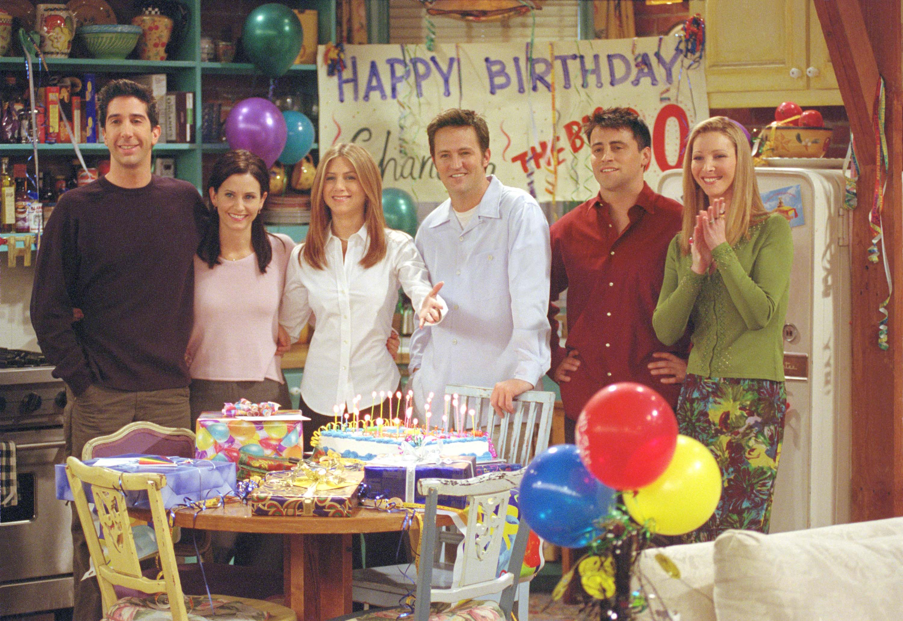 Cast members of NBC's comedy series 'Friends.' Pictured (L to R): David Schwimmer as Ross Geller, Courteney Cox as Monica Geller, Jennifer Aniston as Rachel Cook, Matthew Perry as Chandler Bing, Matt LeBlanc as Joey Tribbiani and Lisa Kudrow as Phoebe Buffay. Episode: 'The One Where They All Turn Thirty.' (Photo by Warner Bros. Television)