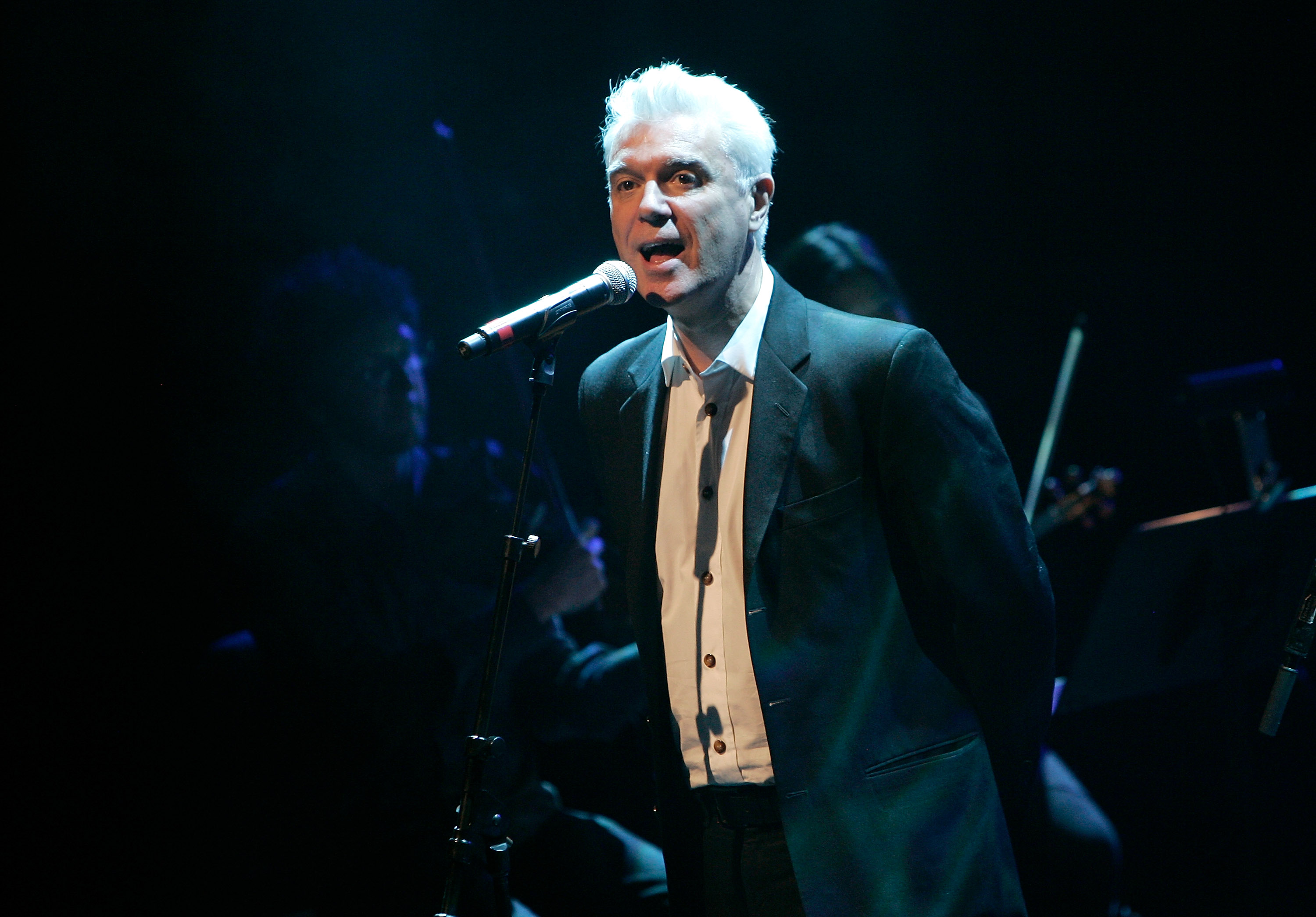 Talking Heads frontman David Byrne will introduce Radiohead at the 2019 Rock and Roll Hall of Fame induction ceremony. The choice is apt as Radiohead borrows its name from a Talking Heads song. (Photo: Getty)