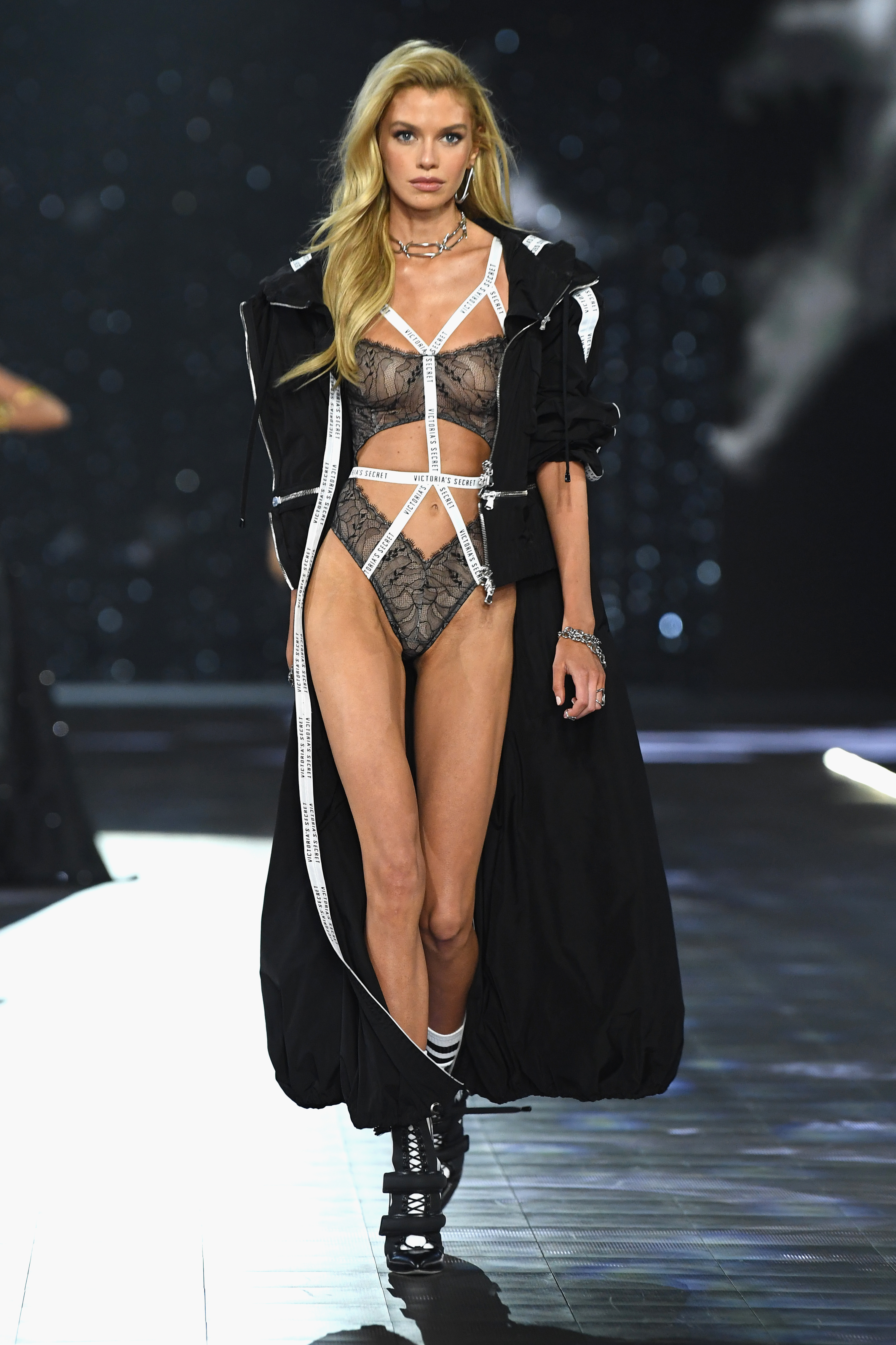 Stella Maxwell walks the runway during the 2018 Victoria's Secret Fashion Show at Pier 94 on November 8, 2018, in New York City. (Getty Images)