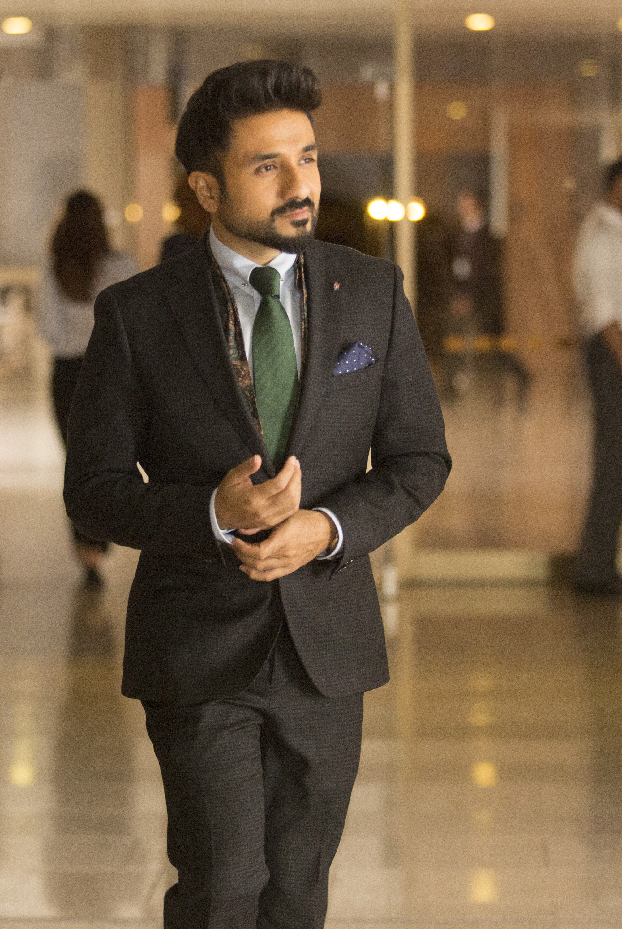 Vir Das as Jai Datta in 'Whiskey Cavalier'. (Source: ABC)