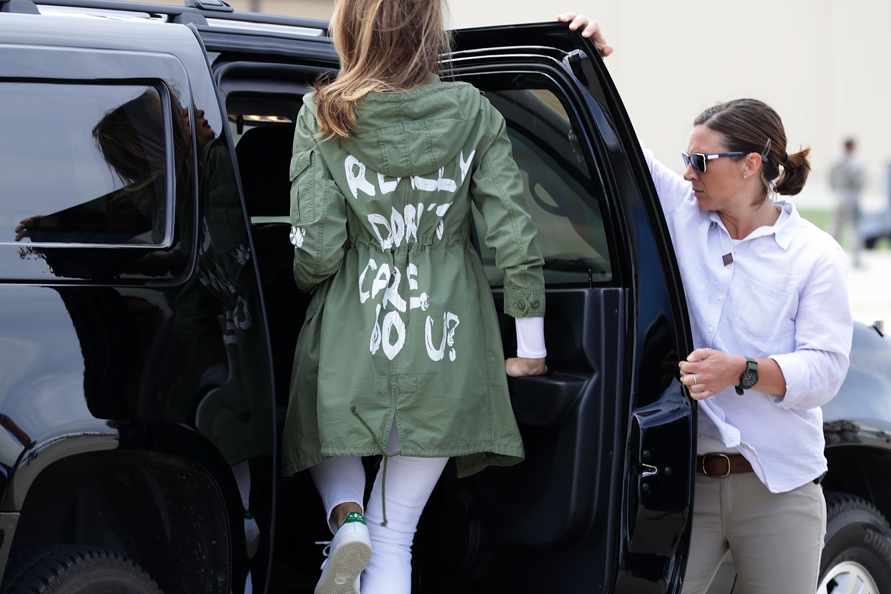 U.S. First Lady Melania Trump climbs back into her motorcade after traveling to Texas to visit facilities that house and care for children taken from their parents at the U.S.-Mexico border June 21, 2018, at Joint Base Andrews, Maryland. The first lady is traveling to Texas to see first hand the condition and treatment that children taken from their families at the border were receiving from the federal government. Following public outcry and criticism from members of his own party, President Donald Trump signed an executive order Wednesday to stop the separation of migrant children from their families, a practice the administration employed to deter illegal immigration at the U.S.-Mexico border. (Getty)