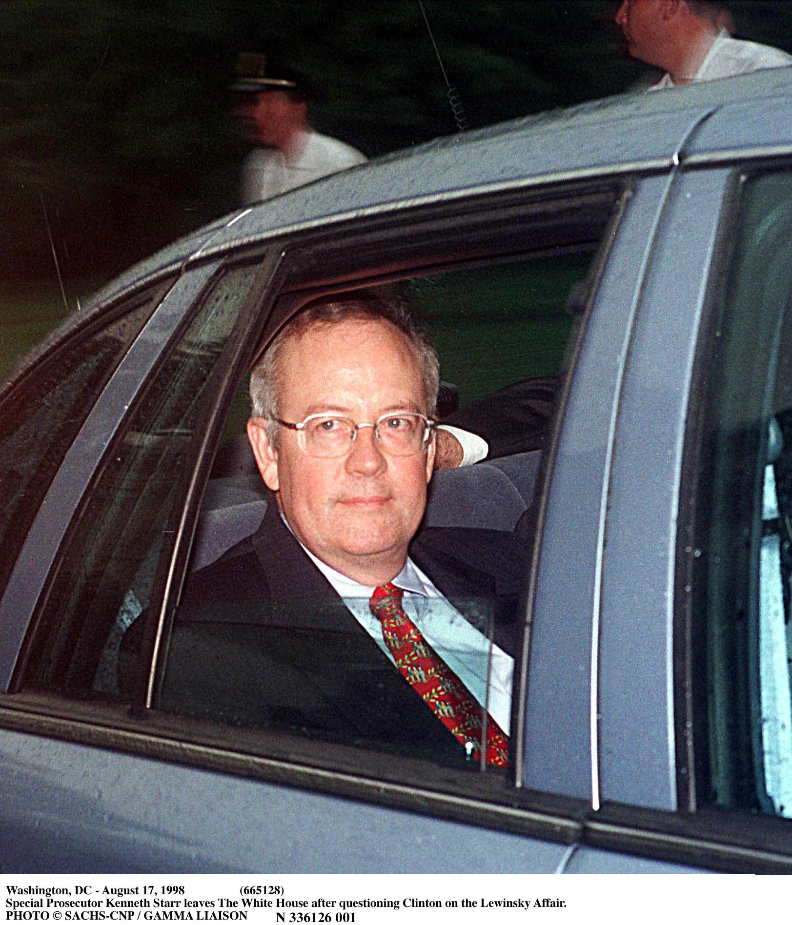Washington, Dc - August 17, 1998 (665128) Special Prosecutor Kenneth Starr Leaves The White House After Questioning Clinton On The Lewinsky Affair. (Photo By Pool/Getty Images)