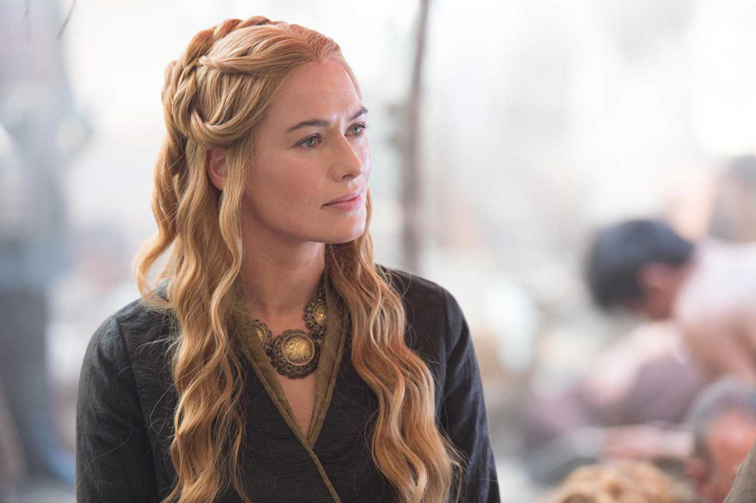 Cersei might die in the same way as her mother did. (IMDb)