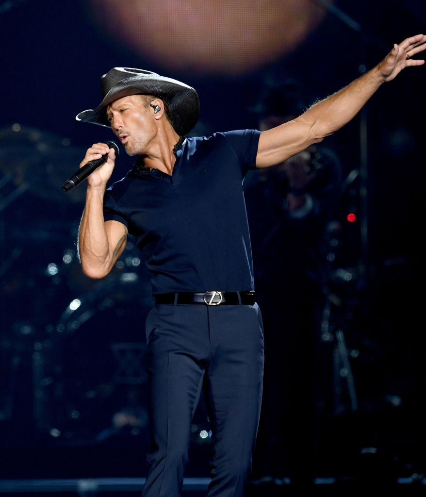 Tim McGraw performs onstage during the 'Soul2Soul' World Tour at Staples Center on July 14, 2017, in Los Angeles, California. (Getty Images)