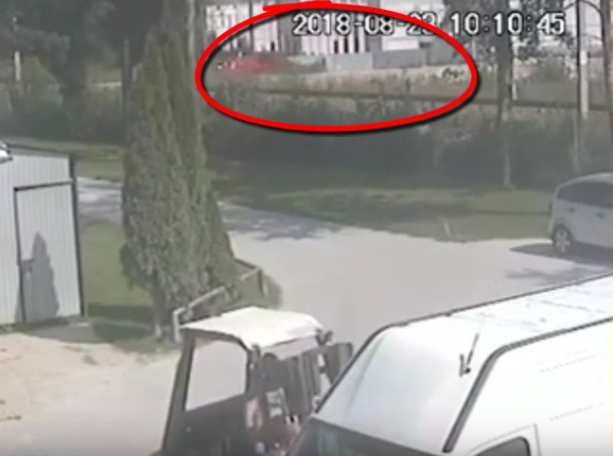 Footage of the accident was captured on CCTV camera (Source: YouTube)