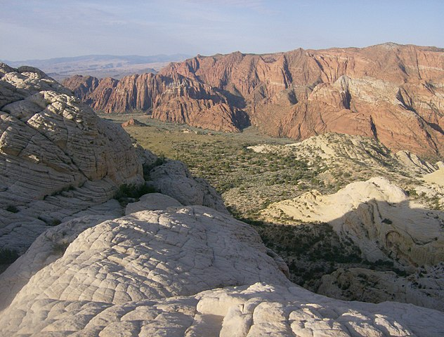 Snow Canyon State Park (Source: photophat/Wikimedia Commons)