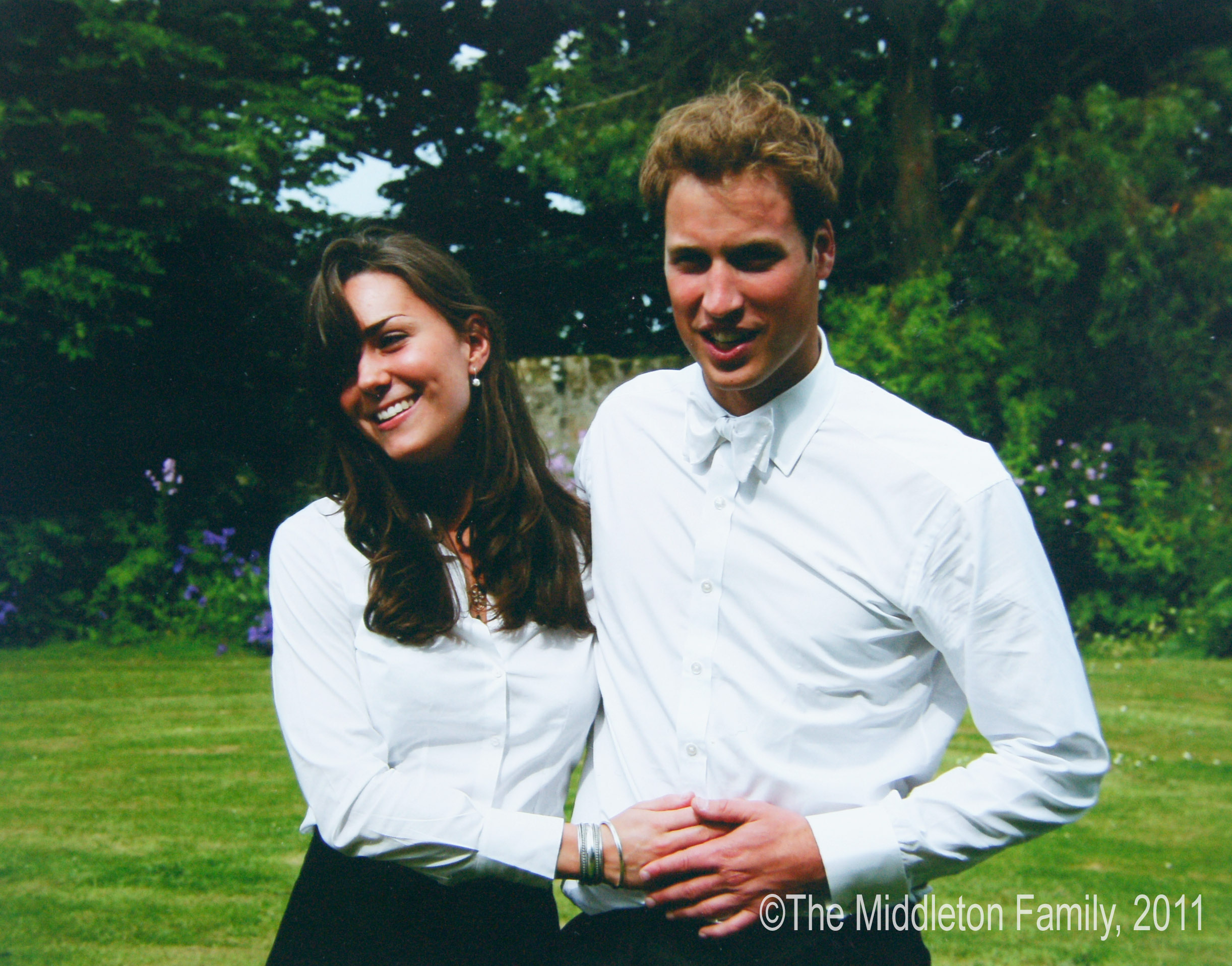 ST ANDEWS, SCOTLAND - JUNE 23: (NO SALES) In this Handout Image provided by Clarence House www.officialroyalwedding2011.org, Kate Middleton and Prince William on the day of their graduation ceremony at St Andrew's University in St Andrew's on June 23, 2005 in Scotland (Getty Images)