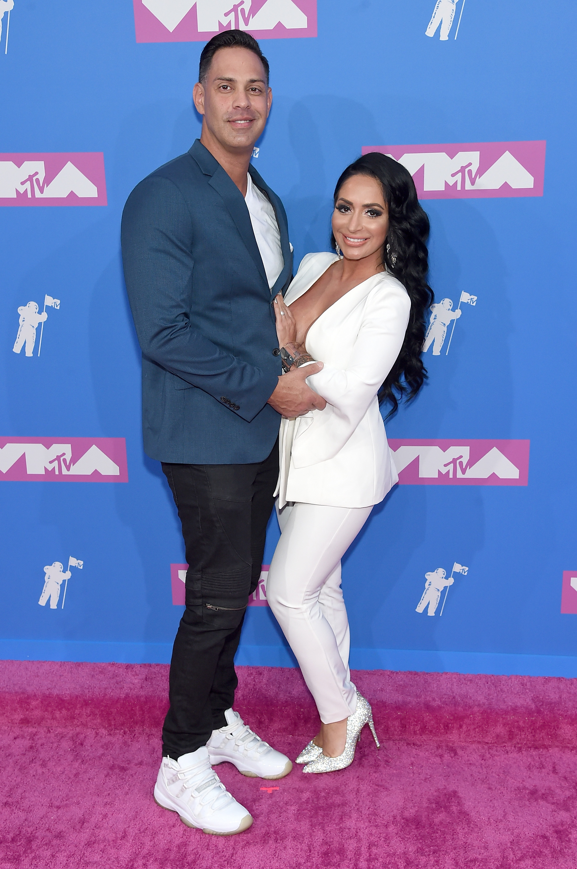 Angelina Jersey Shore Nude angelina pivarnick forgets fiance and gets it on with pauly