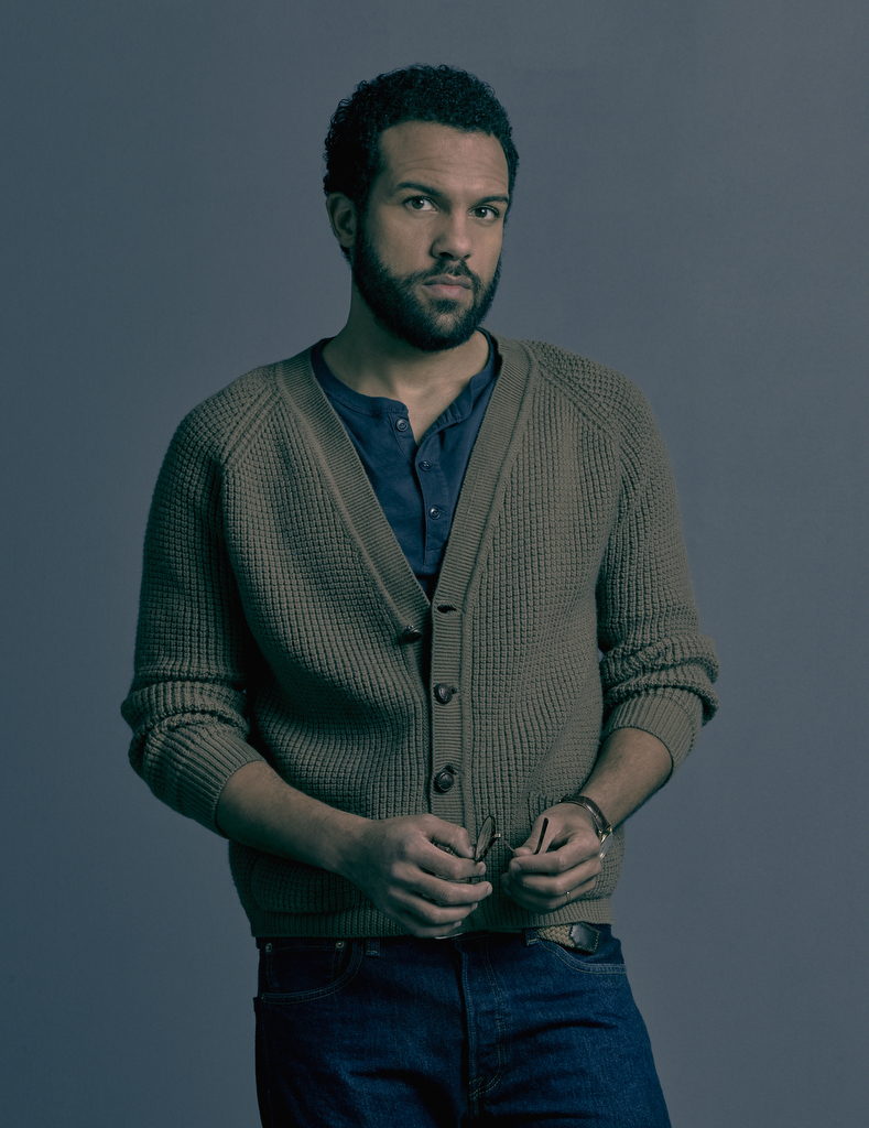 O-T Fagbenle plays the role of Luke in 'The Handmaid's Tale'. (Source: Hulu)