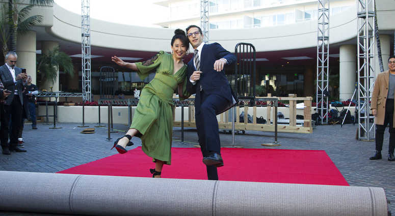 Sandra Oh and Andy Samberg are the hosts of th 2019 Golden Globes