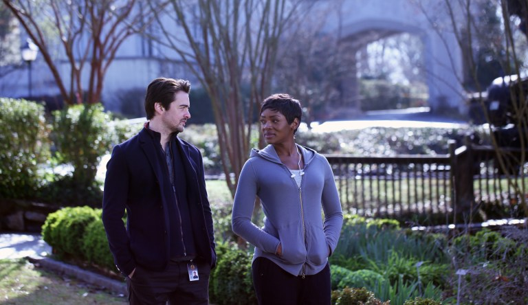Vincent Piazza (L) and Caroline Chikezie (R) in THE PASSAGE. Source: Fox.