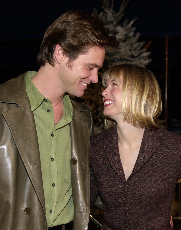 - Is Renee Zellweger Still Dating Bradley Cooper