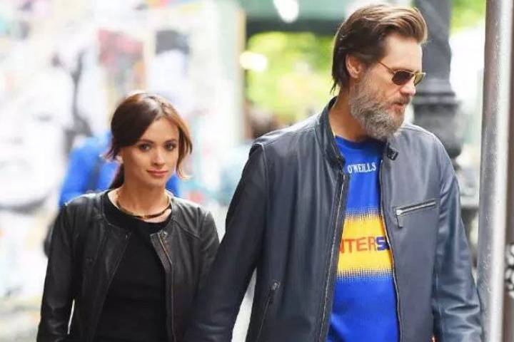 Jim Carrey and Cathriona White (Twitter)