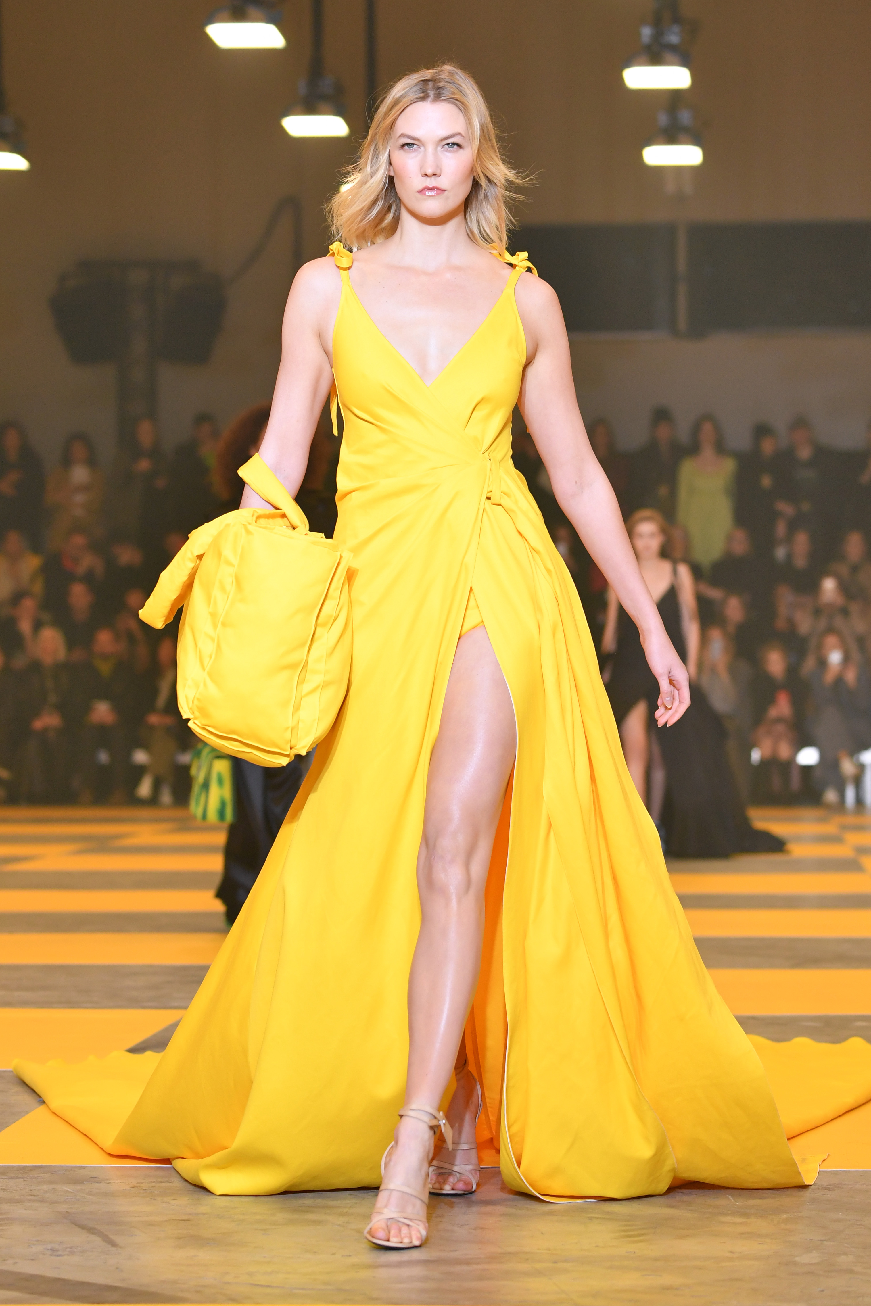 Karlie Kloss walks the runway during the Off-White show as part of the Paris Fashion Week Womenswear Fall/Winter 2019/2020 on February 28, 2019 in Paris, France.