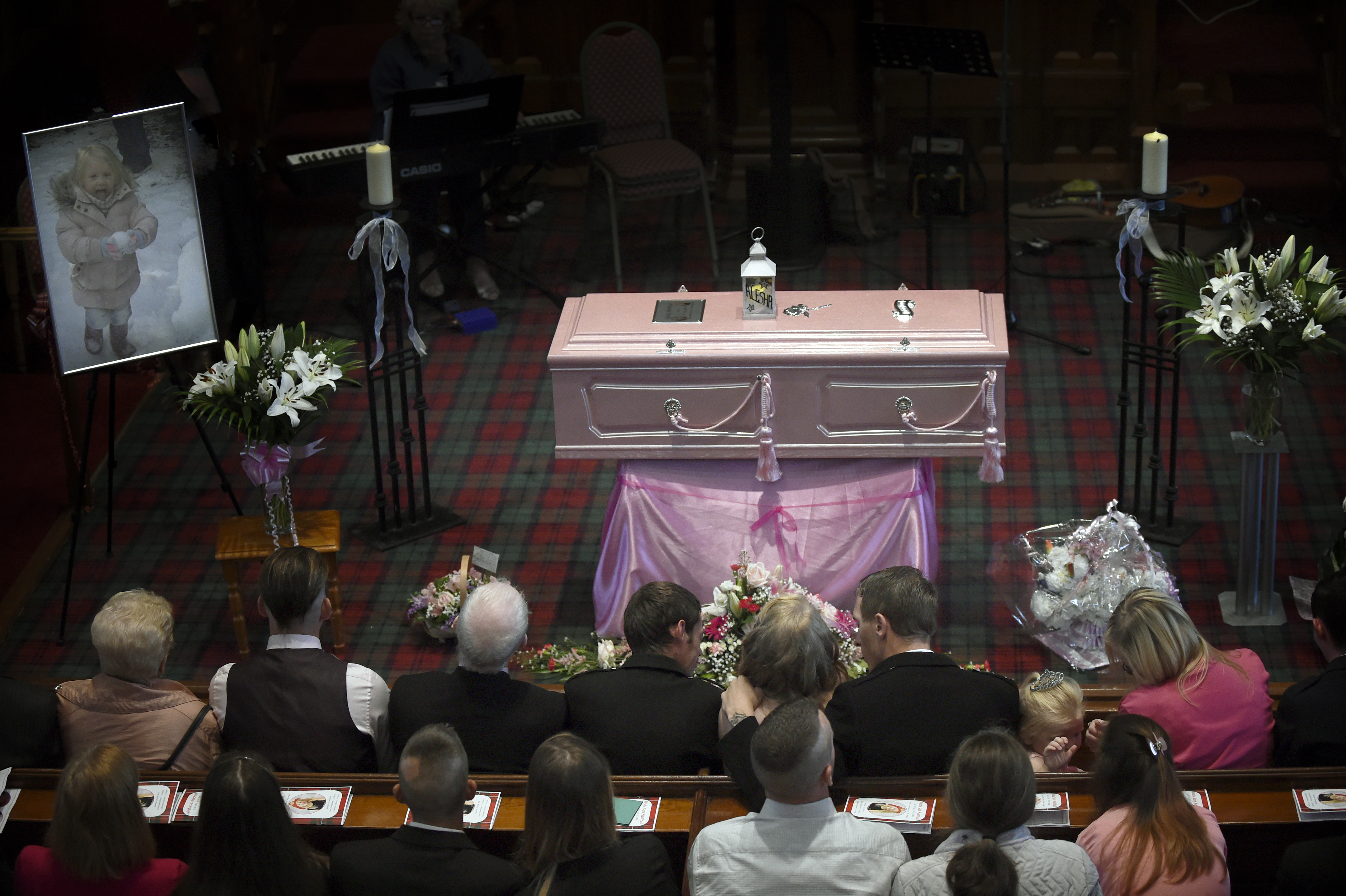The pink coffin during the funeral of six-year-old Alesha MacPhail at the Coats Funeral Home on July 21, 2018, in Coatbridge, Scotland. (Getty Images)