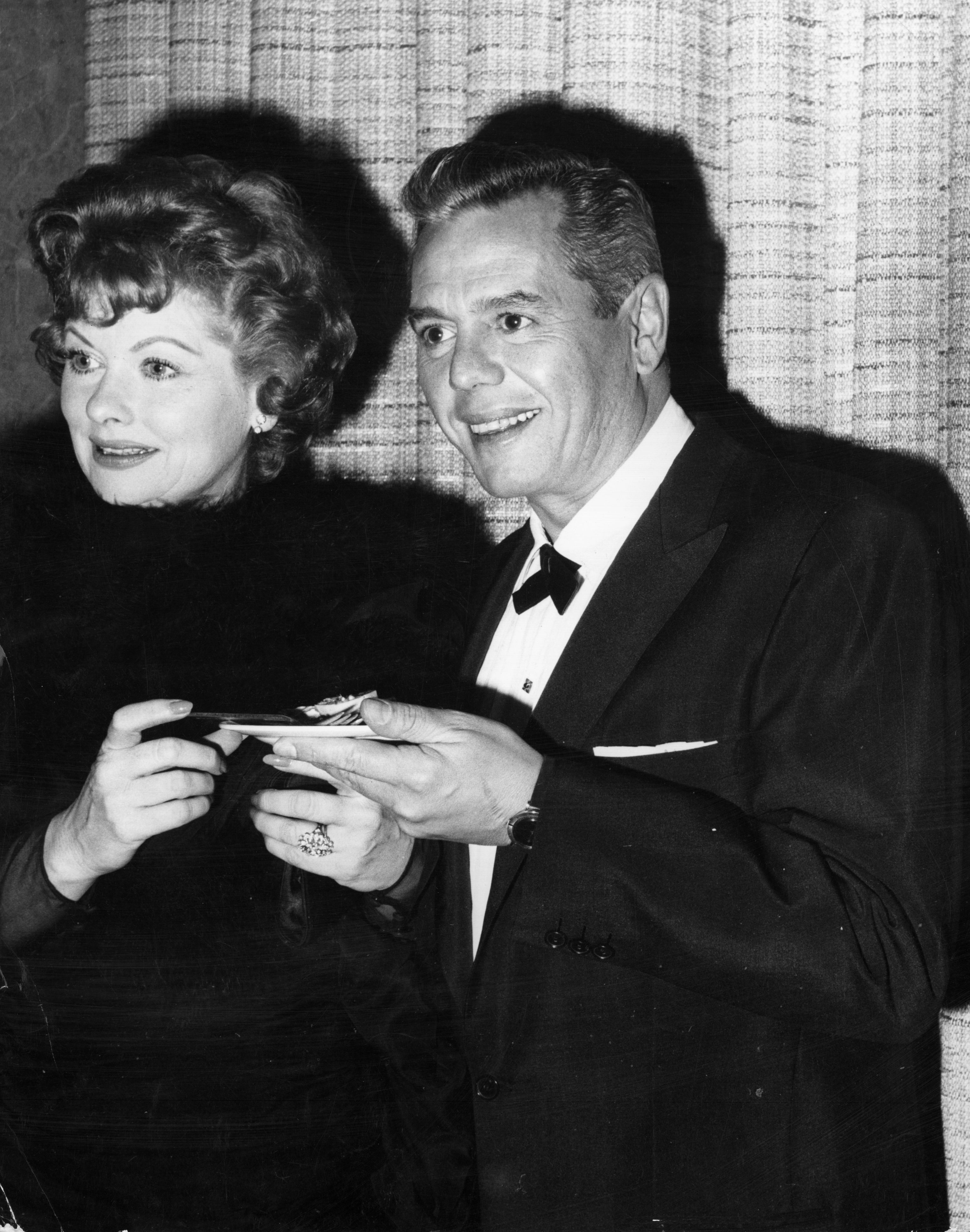 American actress Lucille Ball (1911 - 1989) with her Cuban husband and co-star of the popular TV show 'I Love Lucy', Desi Arnaz (1917 - 1986). The celebrity couple set up the Desilu Studios together.