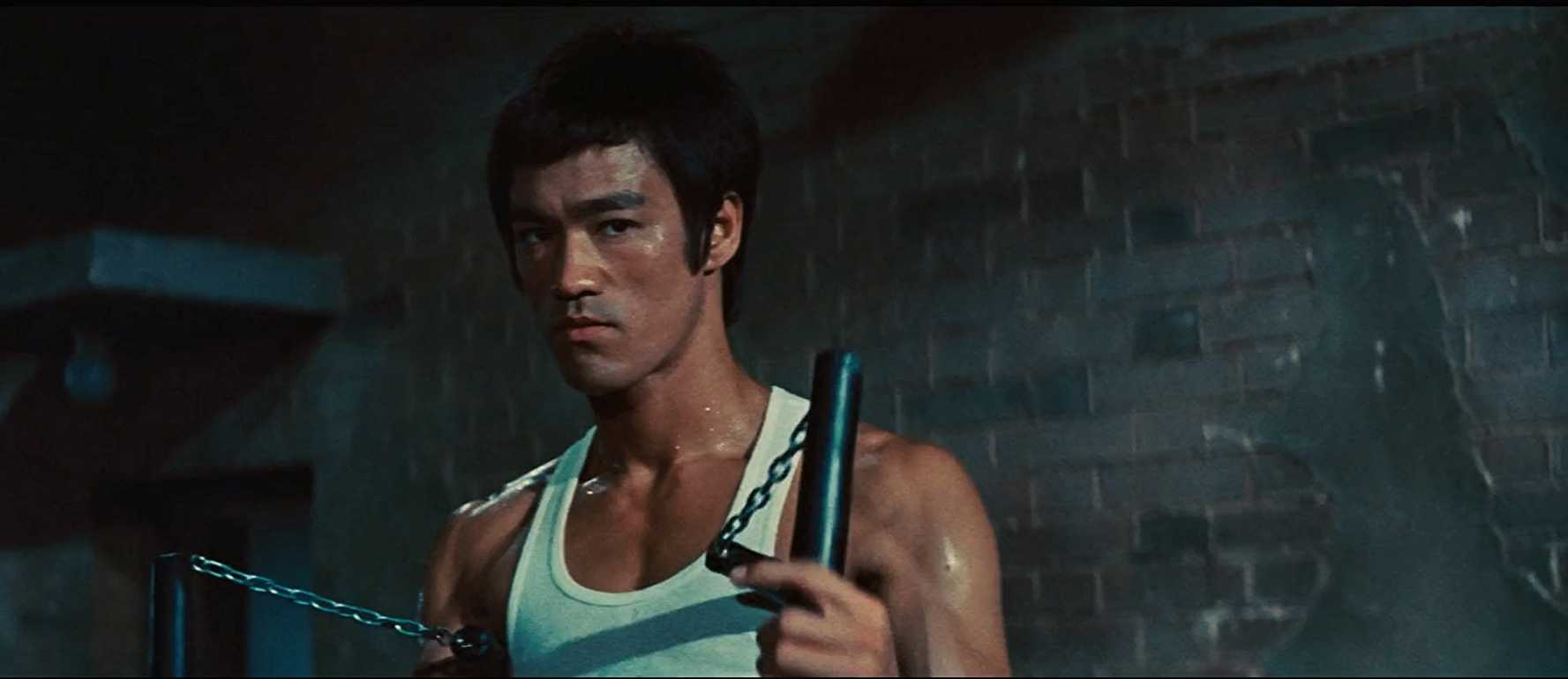 Bruce Lee proved that martial arts is all about grace and poise (IMDb)