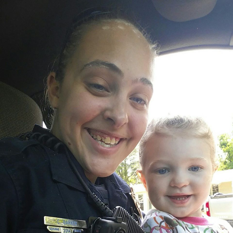 Barker left her daughter inside the car when it was 100F outside (Source: Facebook)