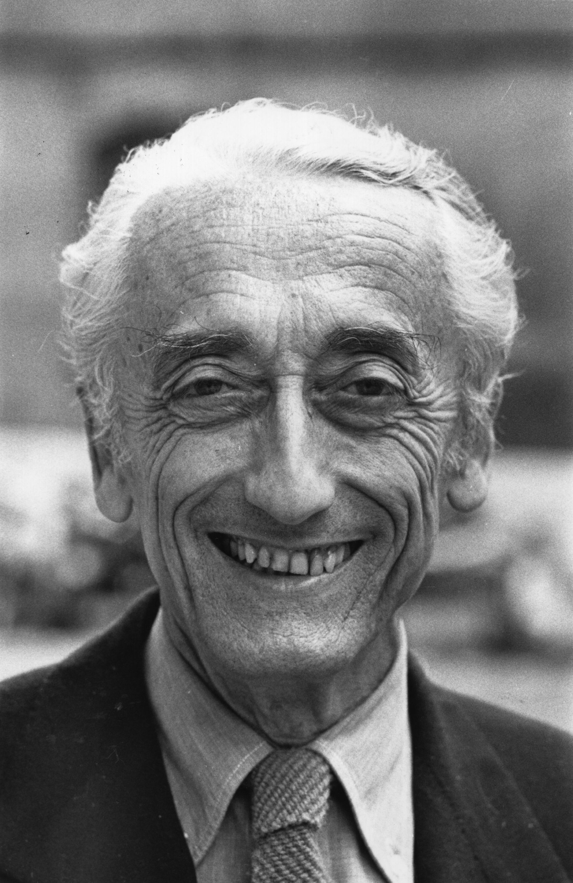 French underwater explorer, photographer, film-maker, author and inventor Jacques Cousteau (1910 - 1997). (Photo by Evening Standard/Getty Images)
