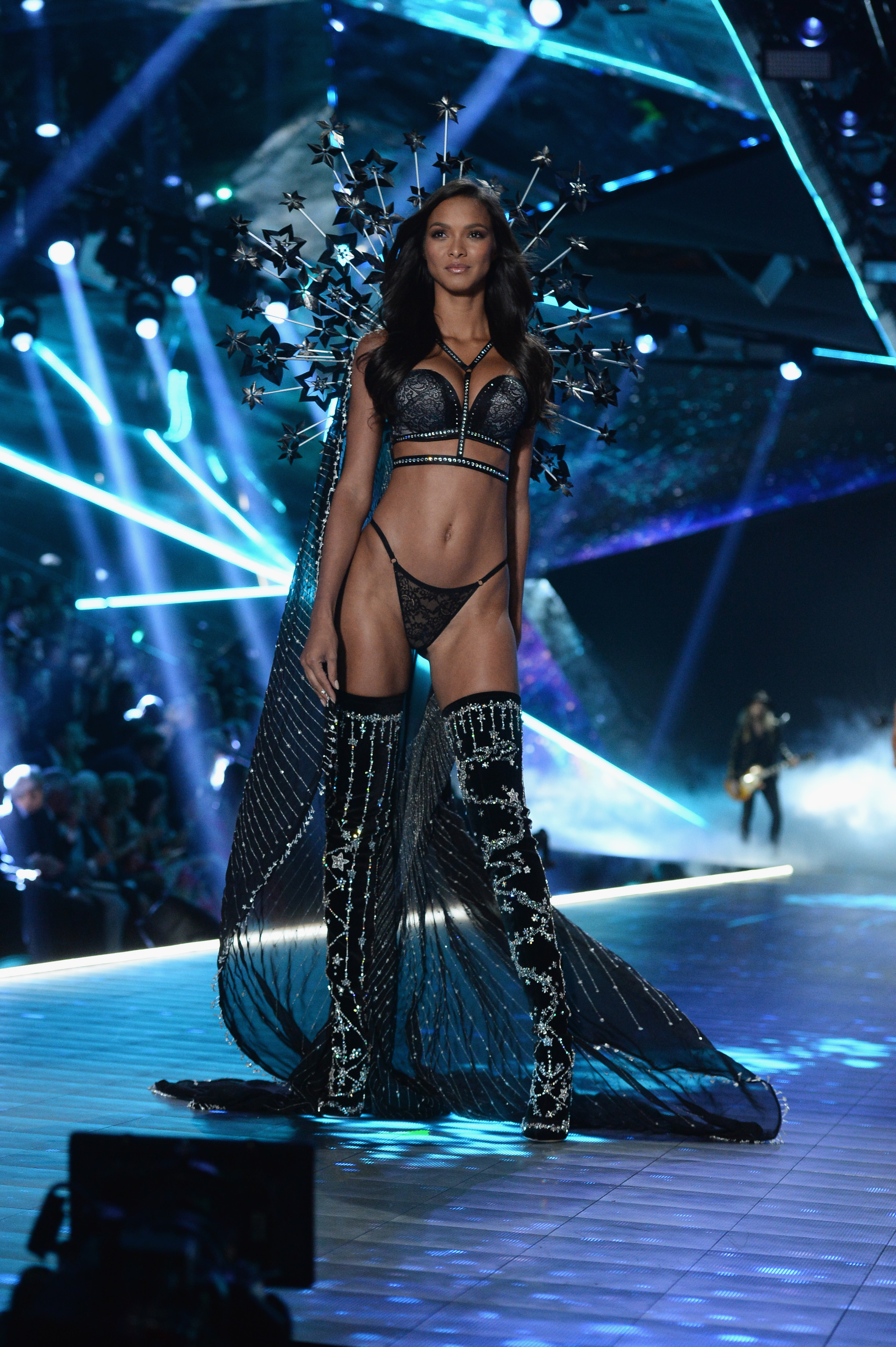 Lais Ribeiro walks the runway during the 2018 Victoria's Secret Fashion Show at Pier 94 on November 08, 2018, in New York City. (Getty Images)