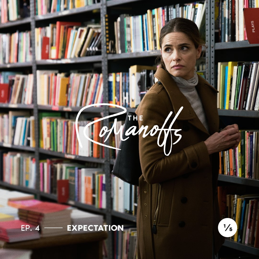 Julia Wells (Amanda Peet) Photo courtesy: Twitter