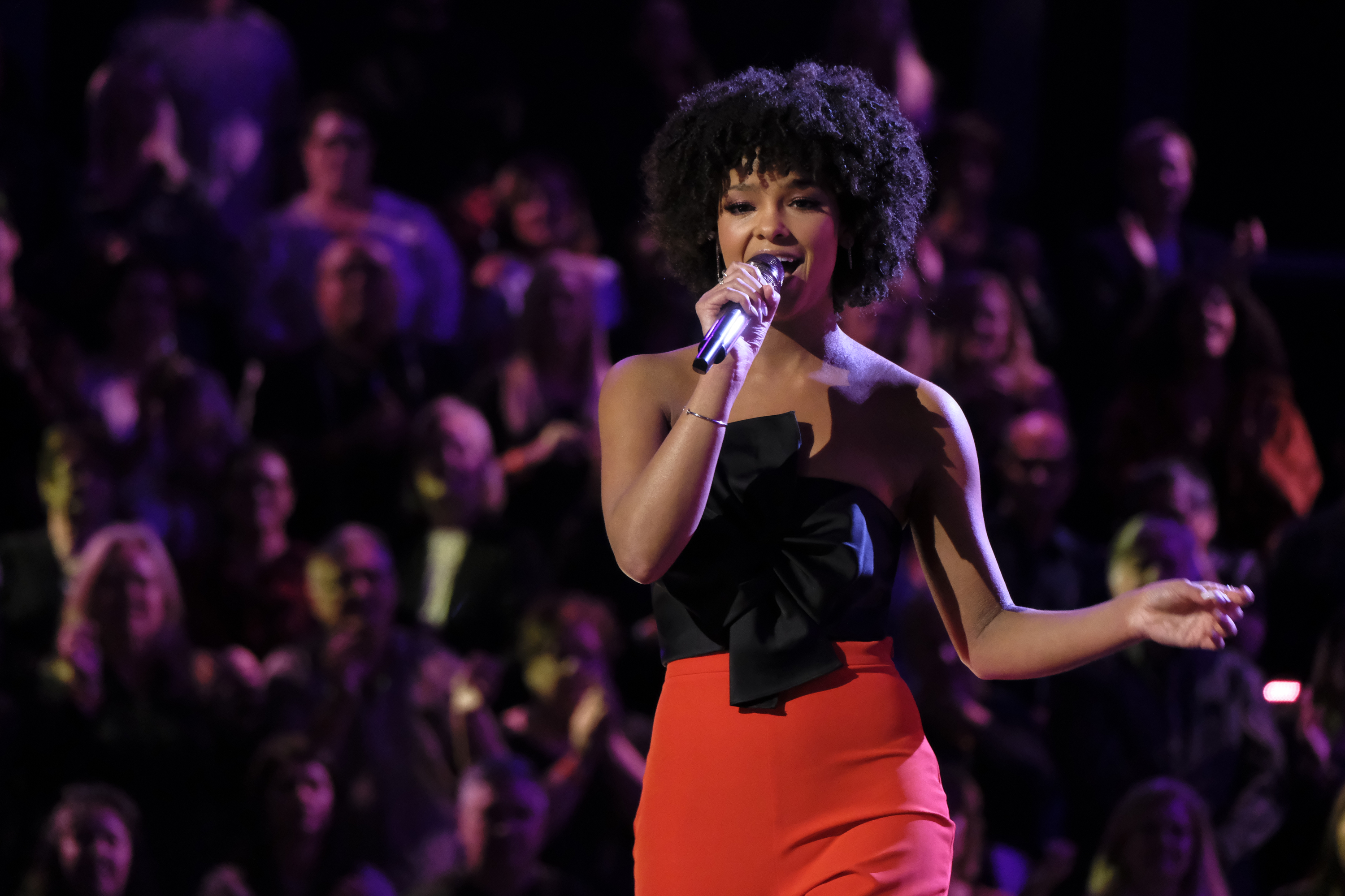 "THE VOICE -- ""Live Playoffs"" Episode 1514B -- Pictured: Lynnea Moorer -- (Photo by: Trae Patton/NBC)"
