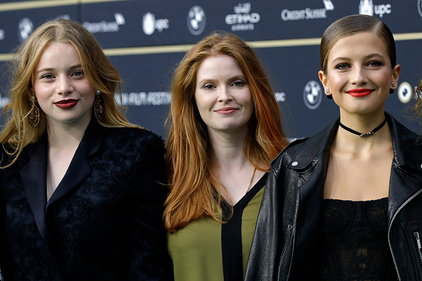 Luna Wedler, Lisa Bruhlmann and Zoe Pastelle Holthuizen attend the 'Blue My Mind' photocall during the 13th Zurich Film Festival on October 2, 2017 in Zurich, Switzerland. The Zurich Film Festival 2017 will take place from September 28 until October 8. (Photo by Andreas Rentz/Getty Images)