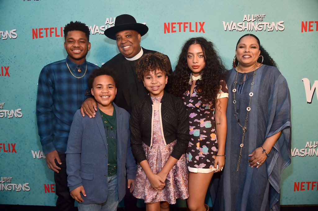 Nathan Anderson, Maceo Smedley, Rev Run, Leah Rose Randall, Kiana Lede' and Justine Simmons attend a screening of Netflix's 'All About The Washingtons' at Madera Kitchen & Bar on August 8, 2018 in Hollywood, California. (Photo by Alberto E. Rodriguez/Getty Images)