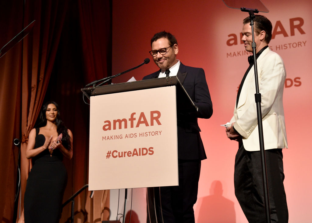 Mert Alas and Marcus Piggott accept an award onstage during the amfAR Gala New York 2019 at Cipriani Wall Street on February 06, 2019 in New York City. (Photo by Bryan Bedder/Getty Images for Perrier-Jouët and Absolut Elyx)