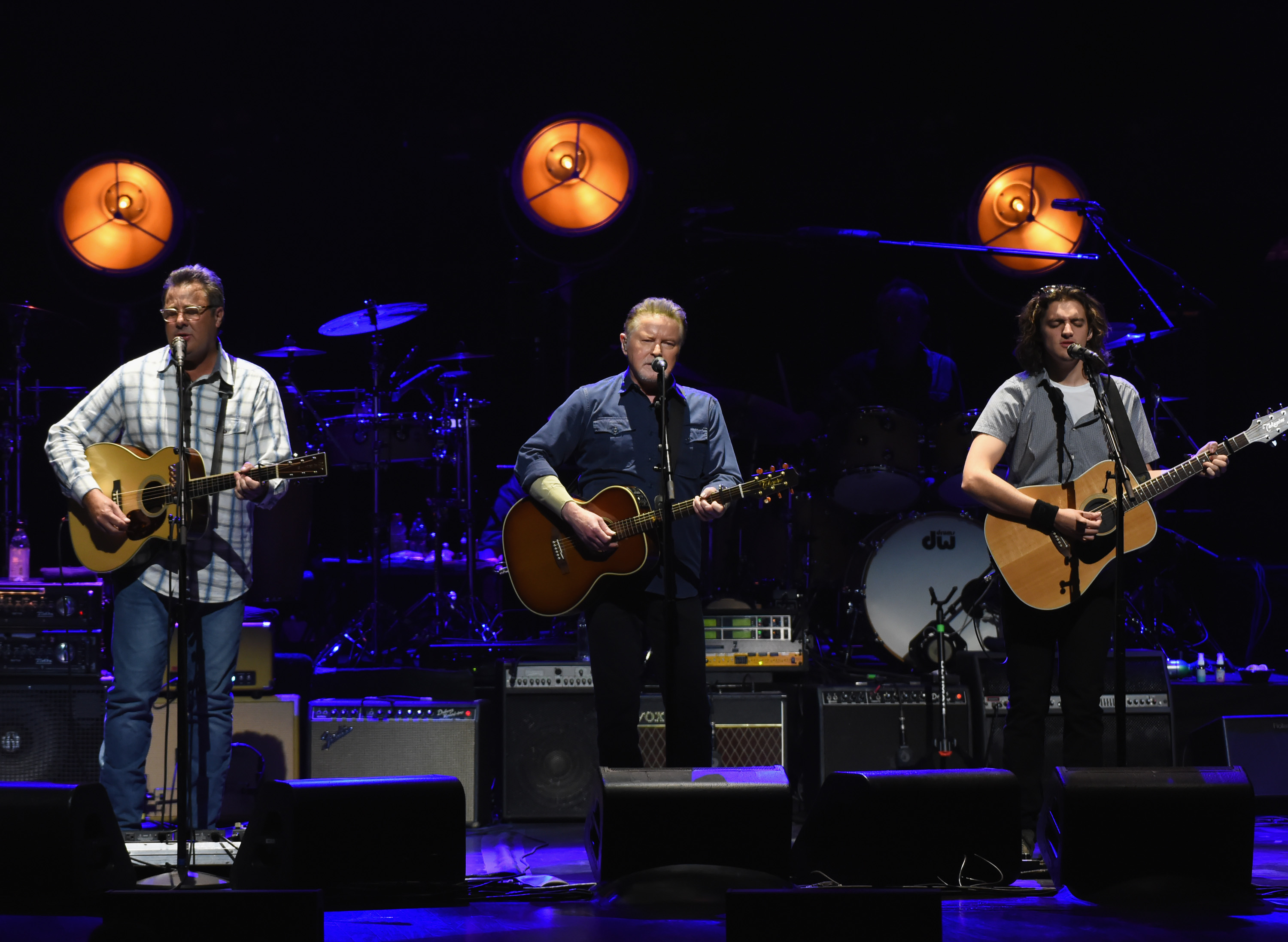 Eagles, Vince Gill, Don Henley and Deacon Frey perform during the Eagles in Concert at The Grand Ole Opry on October 29, 2017 in Nashville, Tennessee. (Image Source: Getty Images)