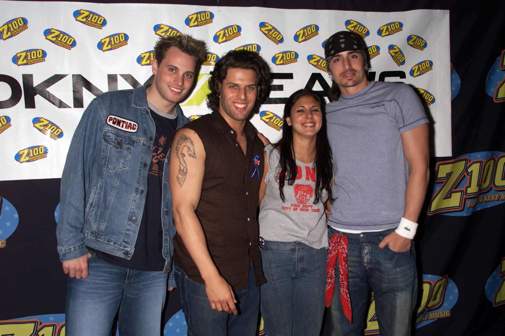 Jamie Lynn Sigler, of the Soprano's, joins Rich Cronin, Devin Lima, and Brad Fischetti of LFO backstage at the Z100 School Spirit Concert at the Vanderbilt Theater in Long Island, New York on October 12, 2001. (Photo by Gabe Palacio/ImageDirect)