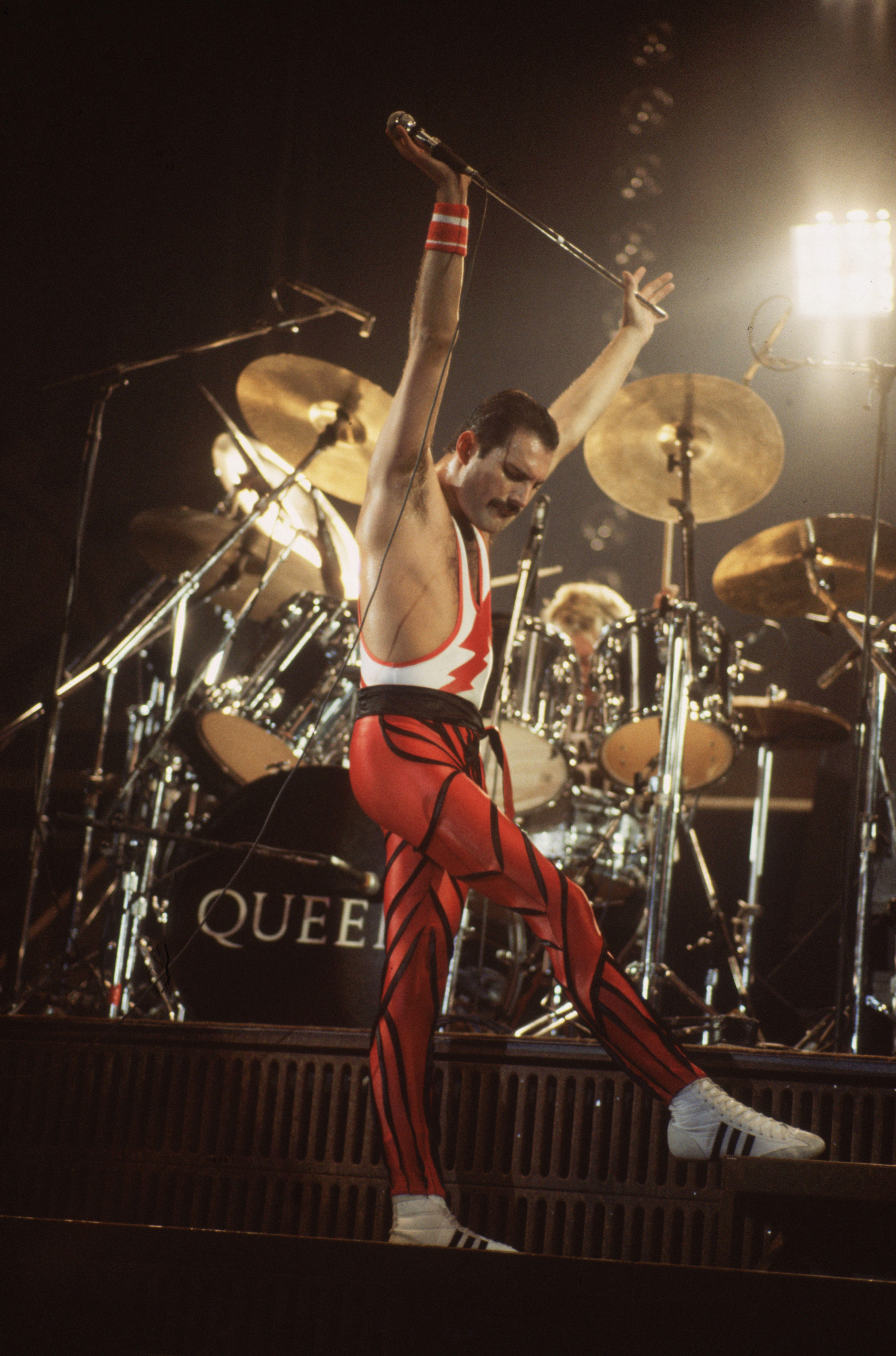 Everyone wanted a piece of Freddie Mercury, even at the hour of his death. (Getty)