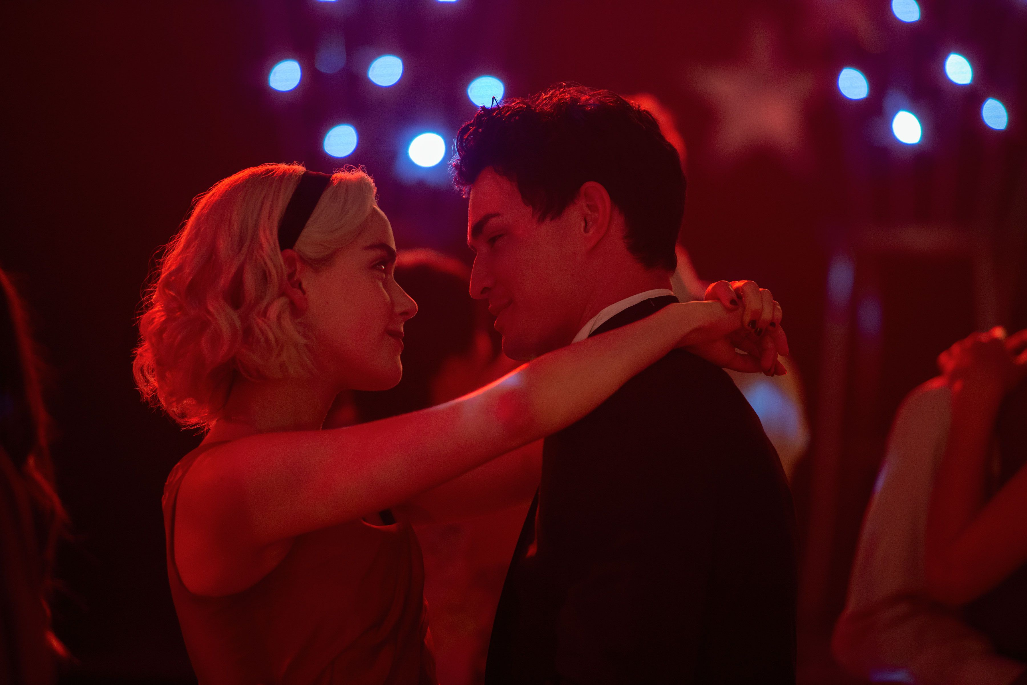 Sabrina and Nicholas enjoy a dance in season 2 (Netflix)