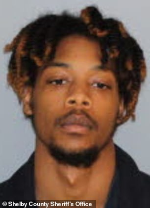 Isiah Dequan Hayes, 19. (Shelby County Sheriff's Office)
