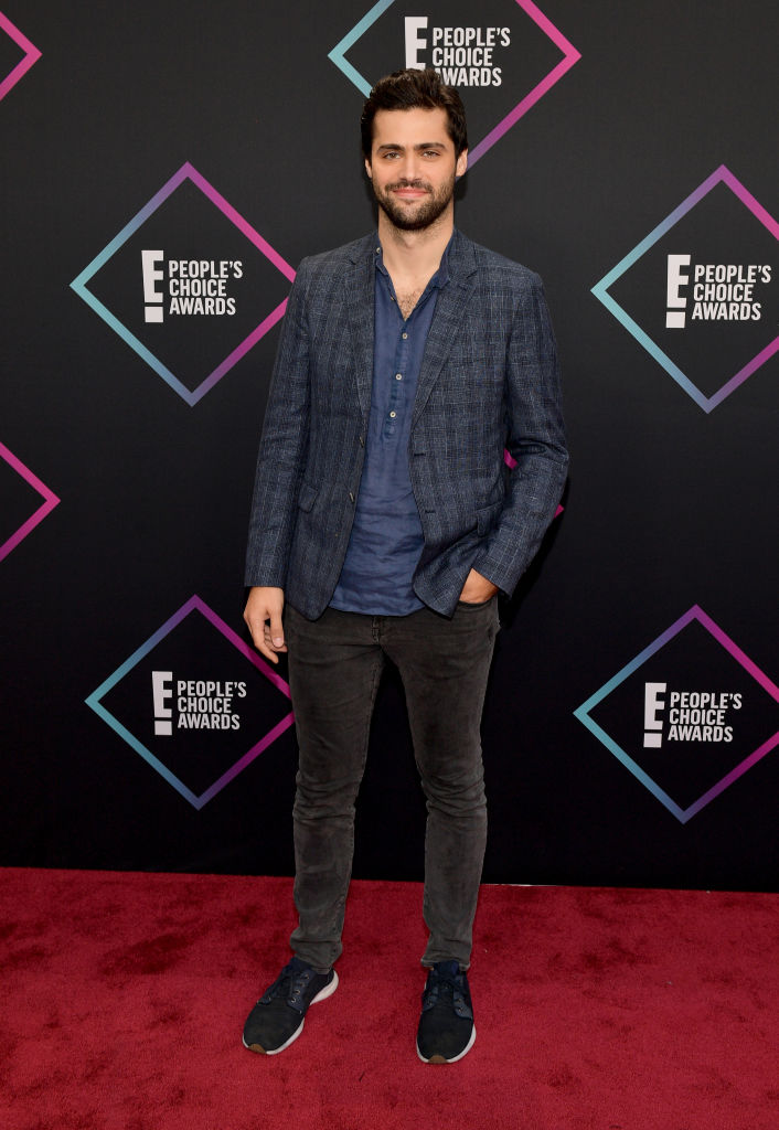 Matthew Daddario attends the People's Choice Awards 2018 at Barker Hangar on November 11, 2018 in Santa Monica, California. (Photo by Matt Winkelmeyer/Getty Images)