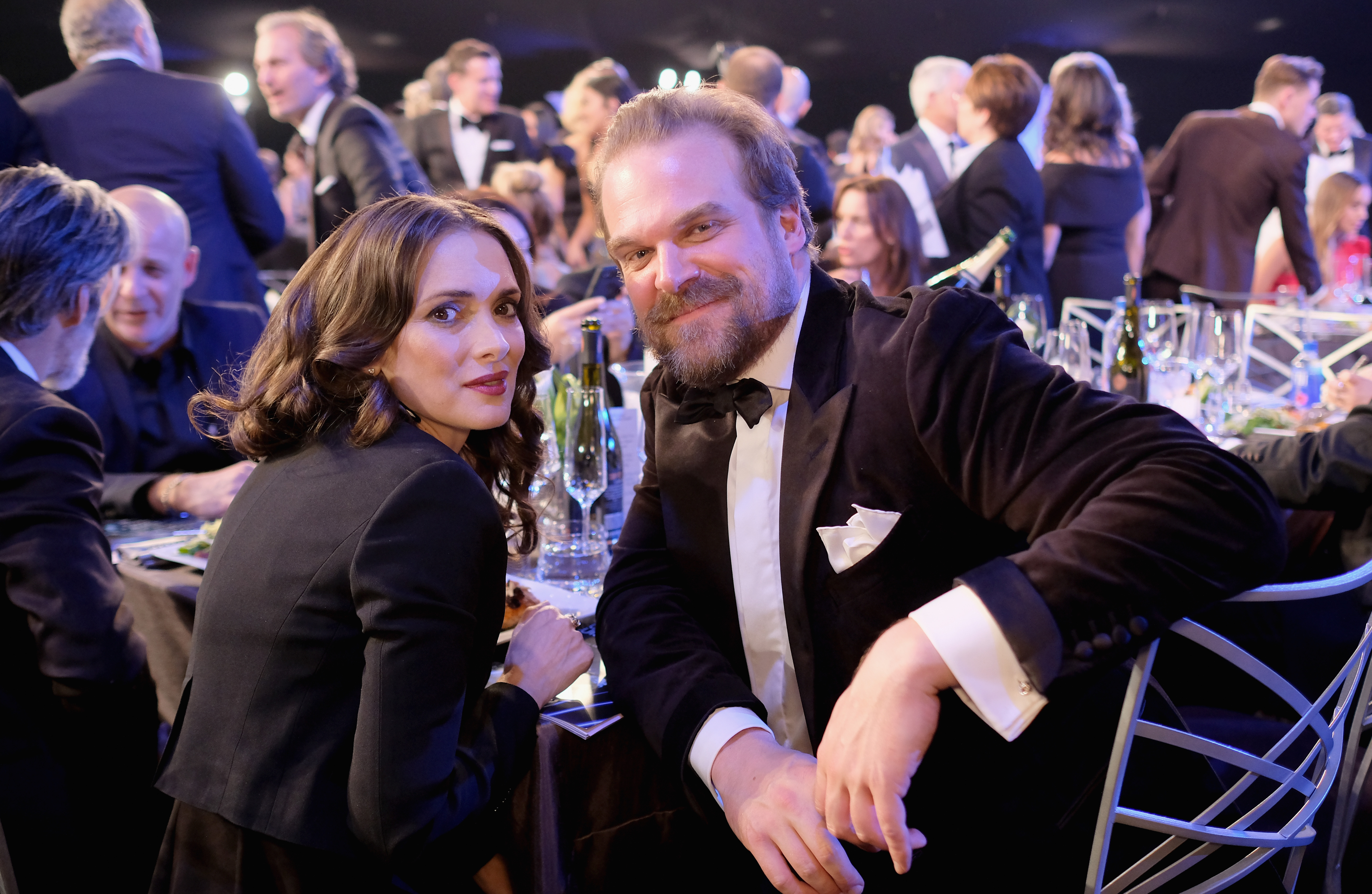 Actors Winona Ryder and David Harbour attend the 24th Annual Screen Actors Guild Awards at The Shrine Auditorium on January 21, 2018 in Los Angeles, California. 27522_009