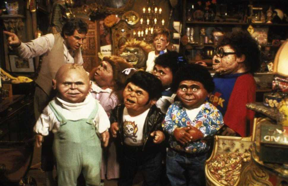 Mackenzie Astin, Bobby Bell, Debbie Lee Carrington, Phil Fondacaro, Arturo Gil, Larry Green, Anthony Newley, Susan Rossitto, and Kevin Thompson in The Garbage Pail Kids Movie (1987) (IMDb)