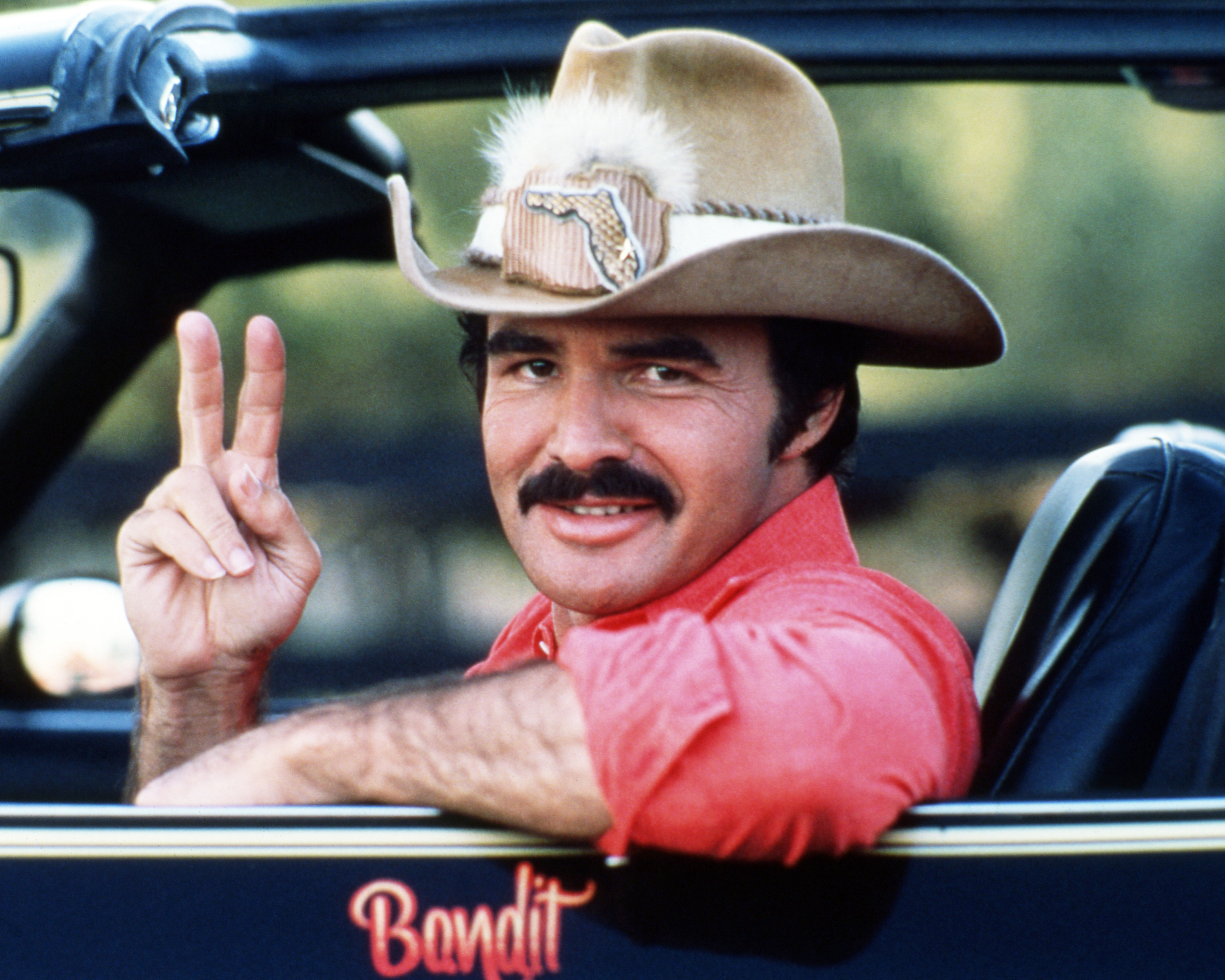 Burt Reynolds as Bo 'Bandit' Darville, in 'Smokey And The Bandit', 1977. (Photo by Silver Screen Collection/Getty Images)