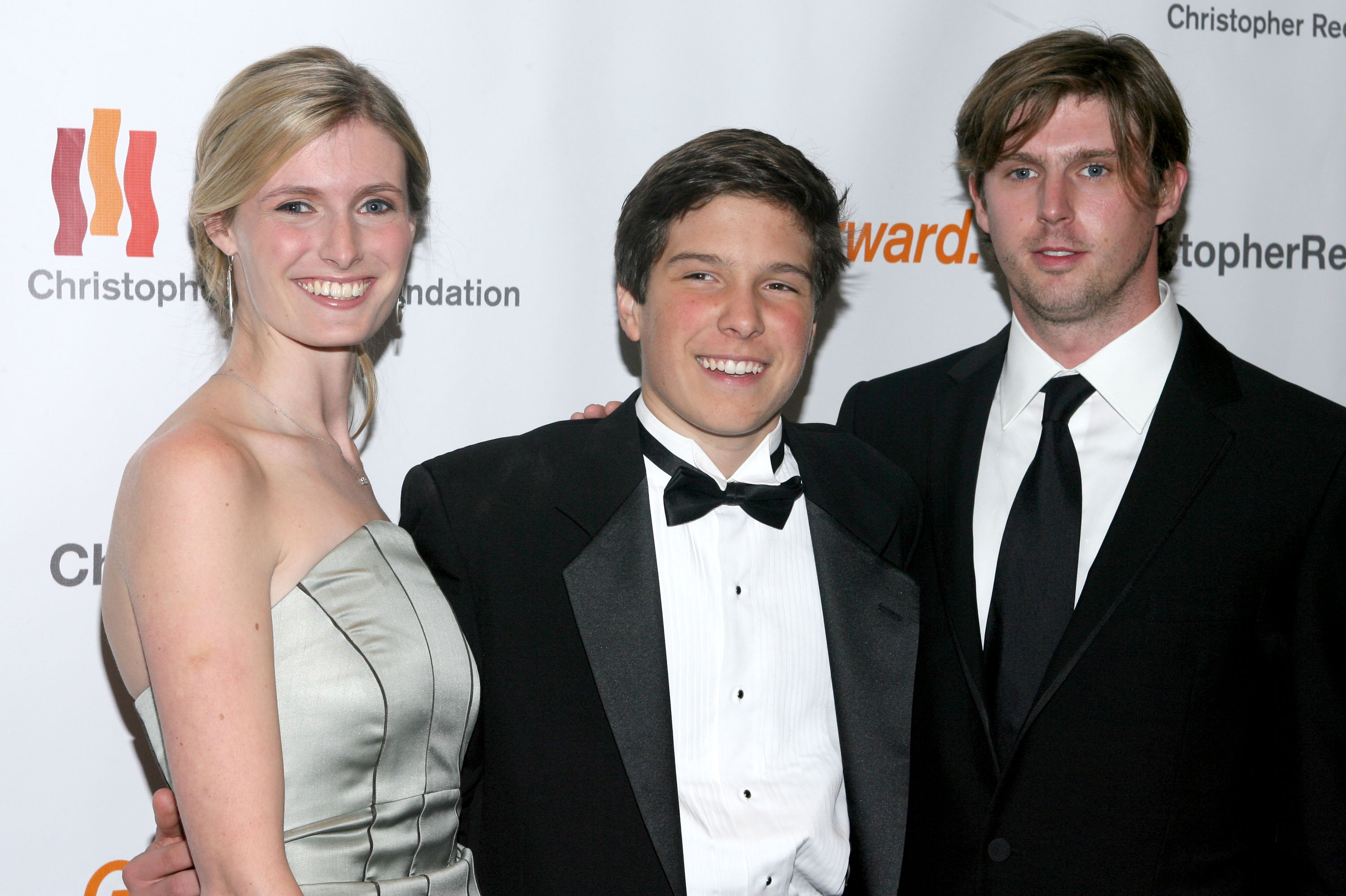Alexandra Reeve, Will Reeve, and Matthew Reeve arrive for the Christopher Reeve Foundation Annual Gala at the Marriott Marquee November 6, 2006, in New York City. (Getty)