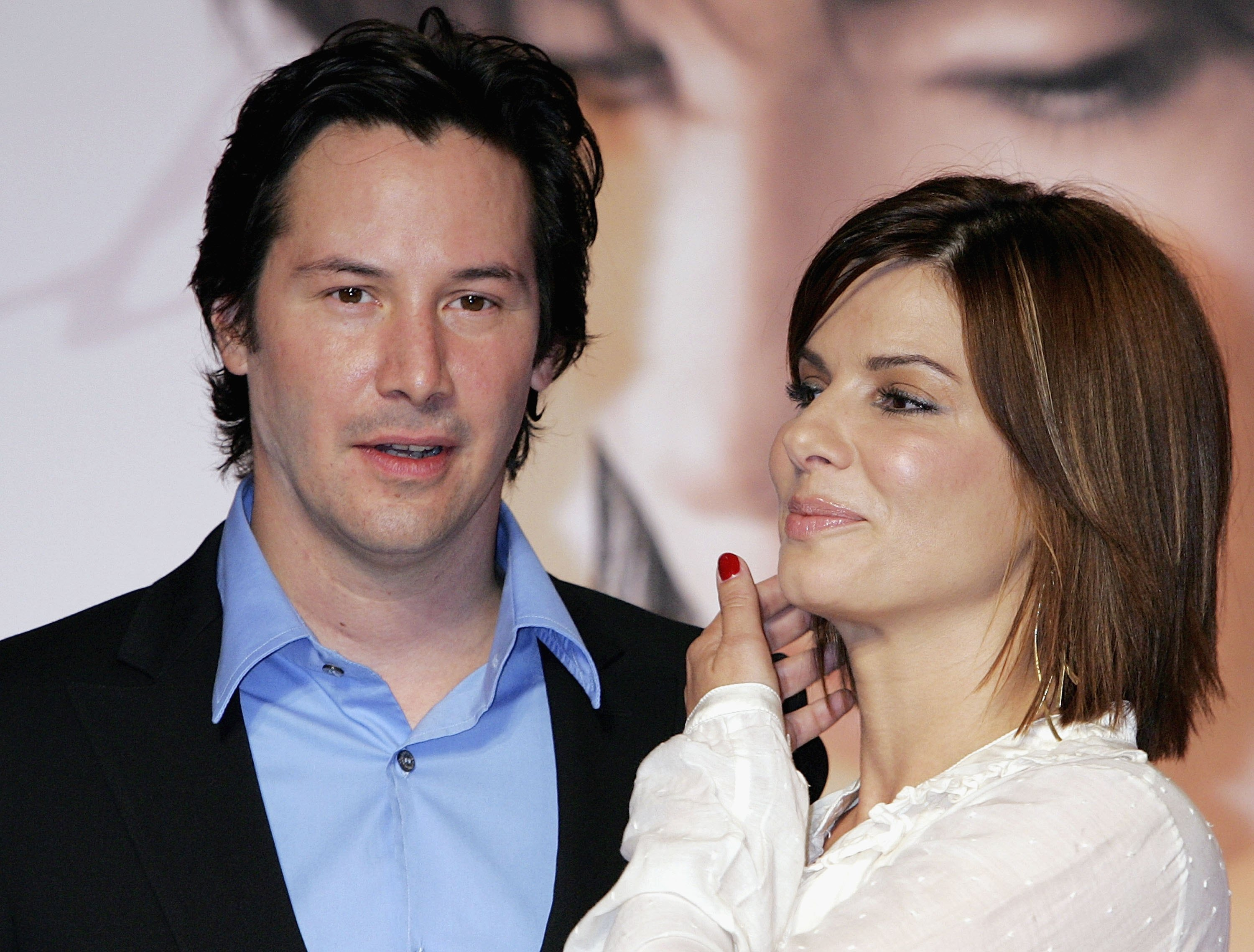 Actor Keanu Reeves and actress Sandra Bullock attend a press conference promoting 'The Lake House' on September 5, 2006, in Tokyo, Japan. (Getty Images)